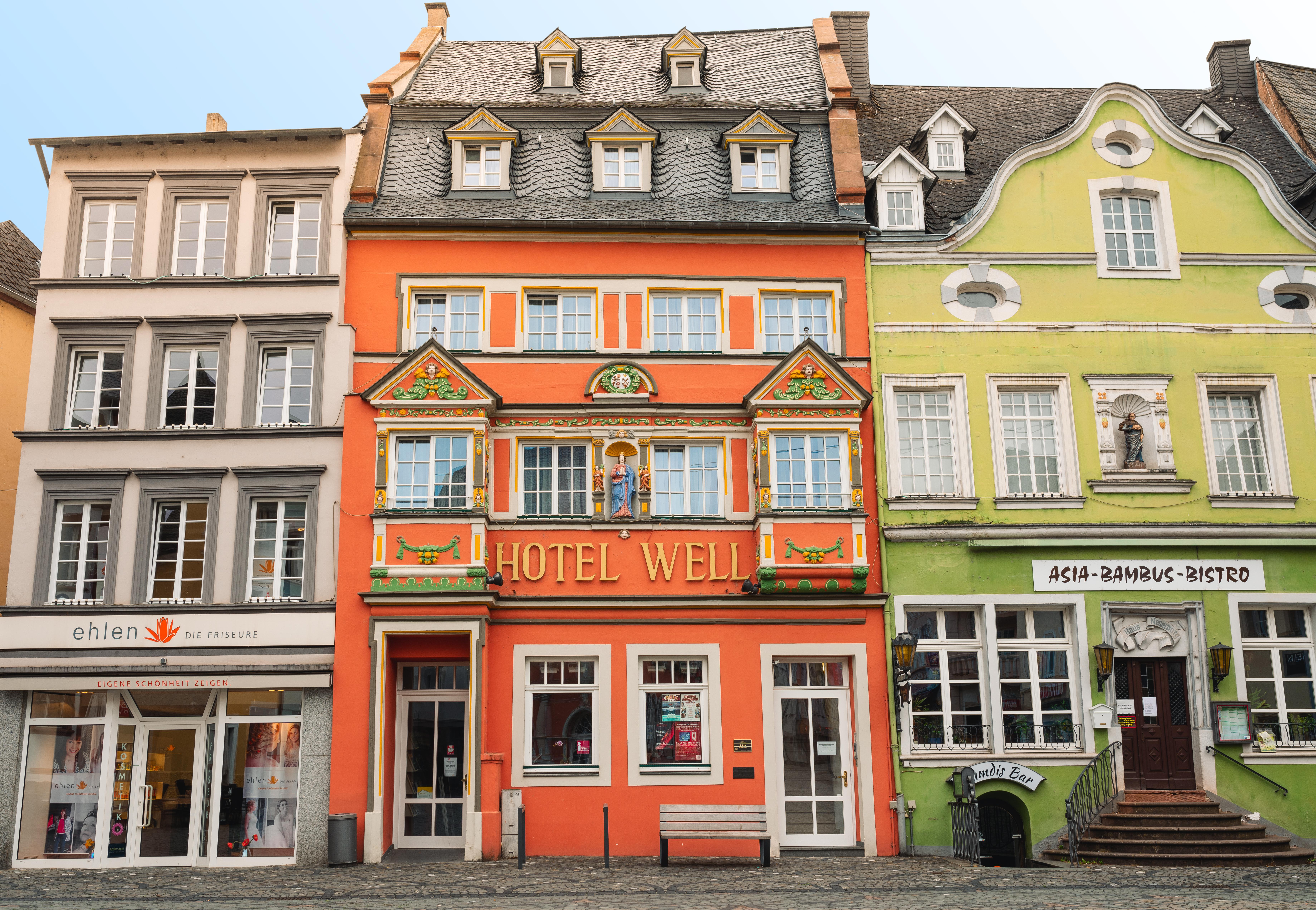 Entdecke unser schönes Hotel Well - Mitten in der wittlicher Innenstadt zwischen Eifel und Mosel